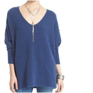 FREE PEOPLE Softly V Neck Oversized Sweater Blue M